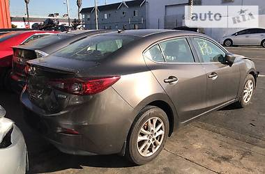 Mazda 3 Grand Turing 2015