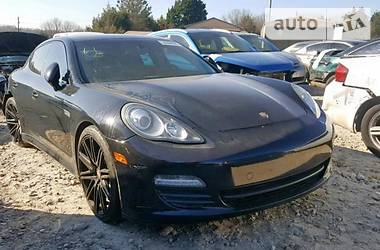 Porsche Panamera 2 2011