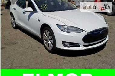 Tesla Model S 85 Performance 2014