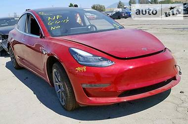 Tesla Model 3 Standard Range  2018