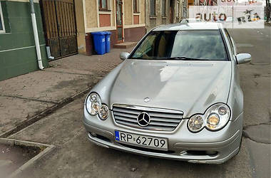 Mercedes-Benz C 220 Sport-coupe  2002