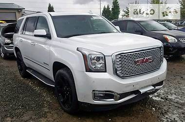 GMC Yukon denali 2016