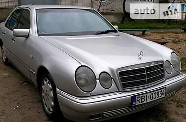 Mercedes-Benz E 300D  1999