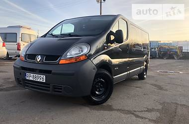 Renault Trafic пасс. long 2.5 2004