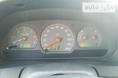 Volvo V40  2000