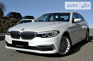 BMW 520 LUXURY LINE 2019