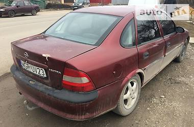 Opel Vectra B GAZ 2000