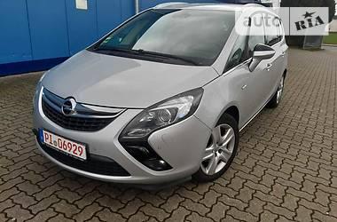 Opel Zafira  2015