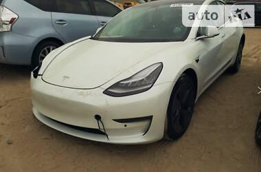 Tesla Model 3 Standart Range Plus 2020