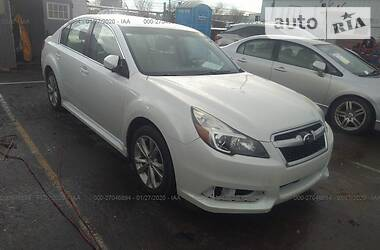Subaru Legacy PREMIUM 2013