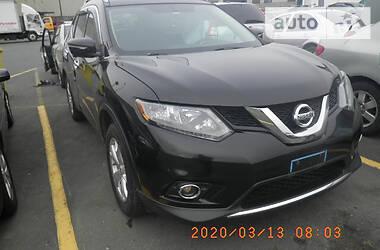 Nissan Rogue S / SL / SV 2015