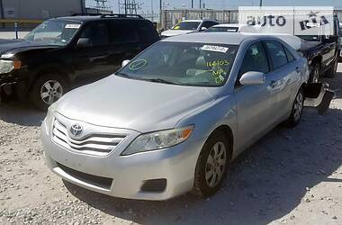 Toyota Camry BASE 2011
