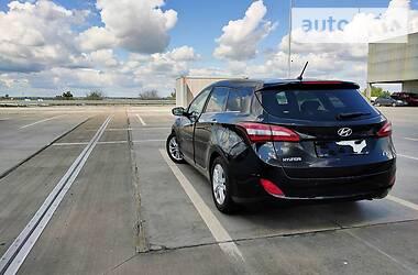 Hyundai i30 Komfort trikolor 2014