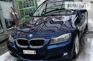 BMW 320  xDrive  2011