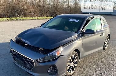 Hyundai Elantra GT 2019