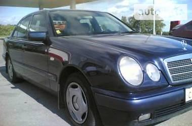 Mercedes-Benz E-Class E 240 1998