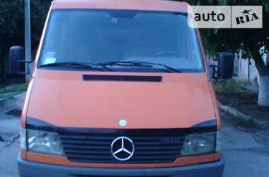 Mercedes-Benz Sprinter 212 пасс. 1999