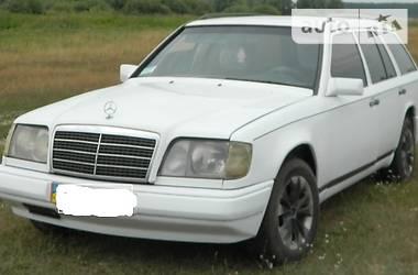 Mercedes-Benz E-Class W124S 1989