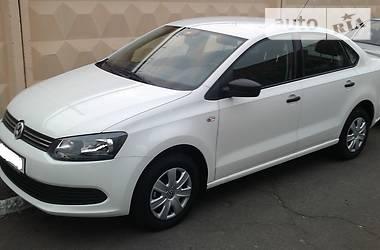 Volkswagen Polo  Trendline 2011