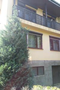 Продається одноповерховий будинок 250 кв. м з балконом