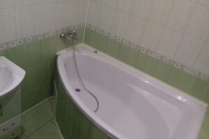 Продается 2-комнатная квартира 75 кв. м в Гайсине
