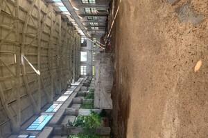Продається будівля / комплекс 1600 кв. м в 2-поверховій будівлі