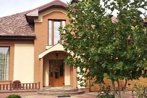 Продается дом на 2 этажа 312 кв. м с баней/сауной