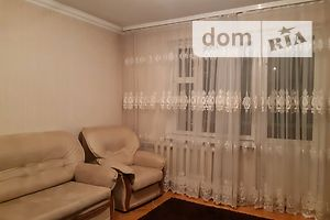 Продається 3-кімнатна квартира 72 кв. м у Чернівцях