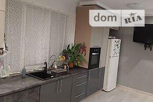 Продается 4-комнатная квартира 123 кв. м в Ивано-Франковске