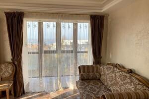 Продається 4-кімнатна квартира 162 кв. м у Миколаєві