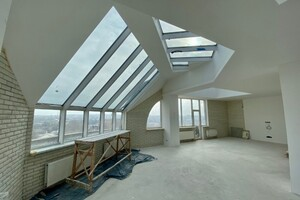 Продается 5-комнатная квартира 325 кв. м в Николаеве