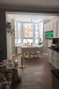 Продается 3-комнатная квартира 99 кв. м в Полтаве