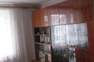 Продається 4-кімнатна квартира 71 кв. м у Херсоні
