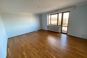 Продається будинок 3 поверховий 275 кв. м с басейном