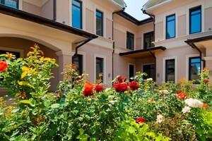 Продається будинок 2 поверховий 165 кв. м з бесідкою