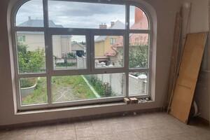 Продается дом на 2 этажа 320 кв. м с садом