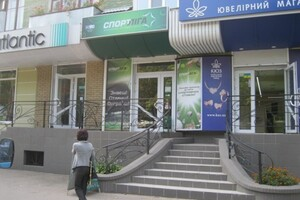 Долгосрочная аренда кафе, бара, ресторана, Чернигов, р‑н.Мегацентр, Мирапроспект, дом 42