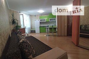 Сдается в аренду 1-комнатная квартира 35 кв. м в Черкассах