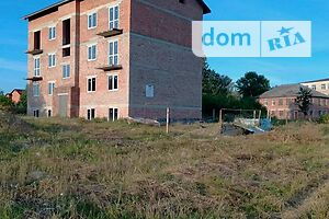 Продається приміщення вільного призначення 770 кв. м в 4-поверховій будівлі