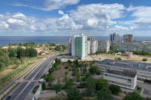 Продается 3-комнатная квартира 192 кв. м в Черкассах