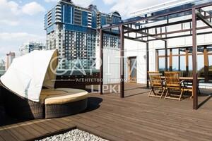 Продається 4-кімнатна квартира 380 кв. м у Києві