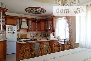 Продається 4-кімнатна квартира 154 кв. м у Тернополі