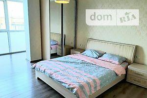 Сдается в аренду 2-комнатная квартира 64 кв. м в Ровно