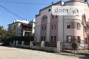Продается 4-комнатная квартира 175 кв. м в Ивано-Франковске