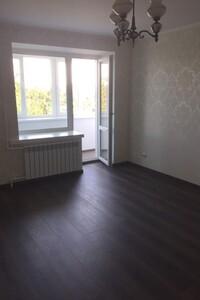 Продається 2-кімнатна квартира 63.6 кв. м у Києві