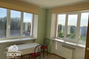 Продається 3-кімнатна квартира 100 кв. м у Тернополі