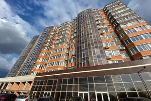 Продается 2-комнатная квартира 59 кв. м в Николаеве
