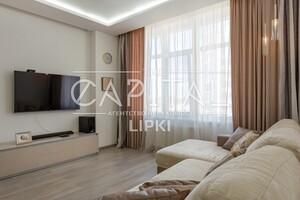 Продається 3-кімнатна квартира 83 кв. м у Києві