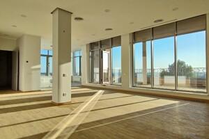 Сдается в аренду офис 200 кв. м в бизнес-центре