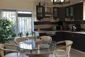 Продается дом на 2 этажа 170 кв. м с участком